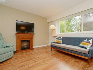 Photo 3: 105 415 Linden Ave in VICTORIA: Vi Fairfield West Condo for sale (Victoria)  : MLS®# 790250