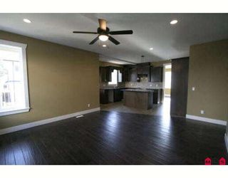 """Photo 3: 46213 KERMODE Crescent in Sardis: Promontory House for sale in """"BEAR CREEK"""" : MLS®# H2900411"""