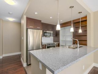 """Photo 5: 306 2959 GLEN Drive in Coquitlam: North Coquitlam Condo for sale in """"THE PARC"""" : MLS®# R2111065"""