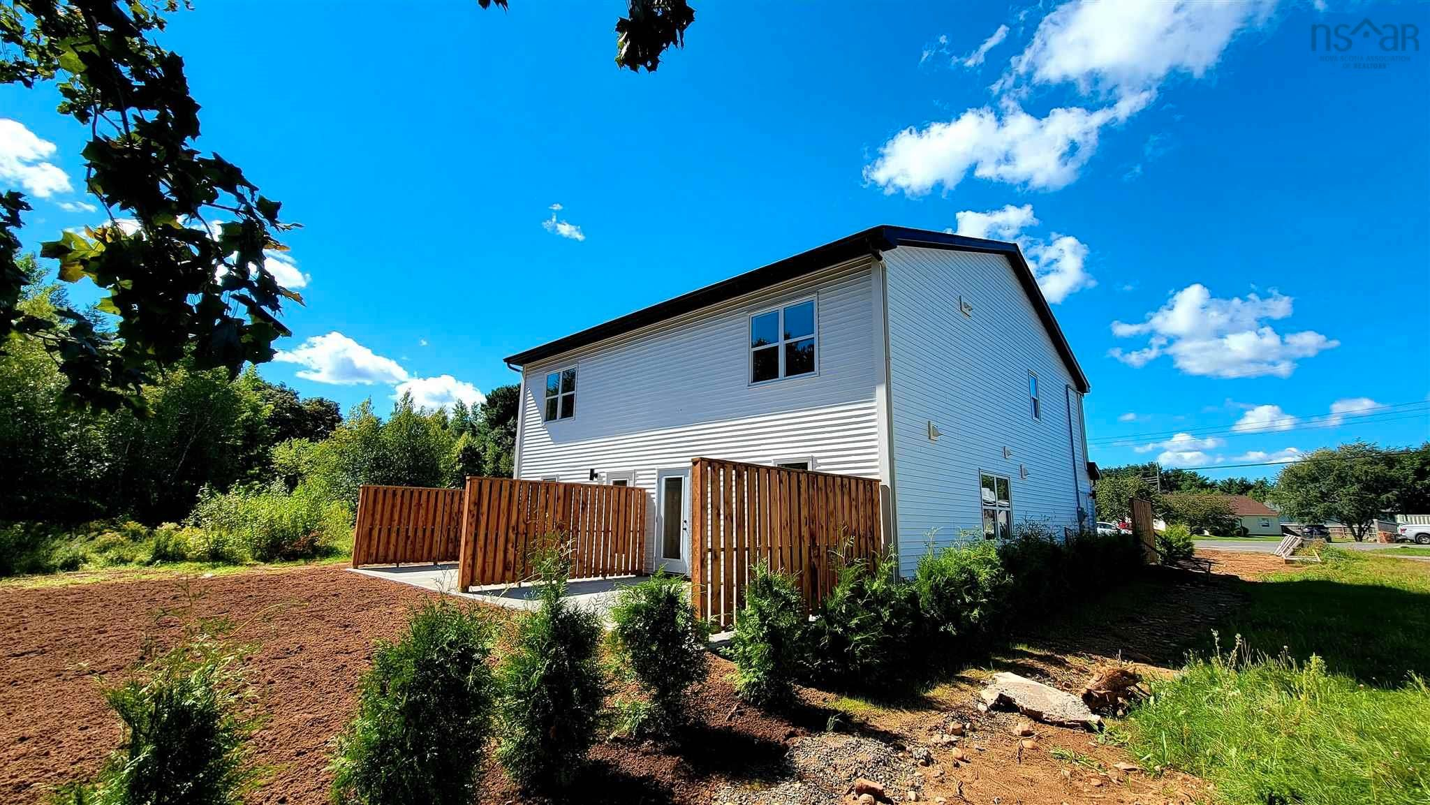 Photo 4: Photos: 17 Turner Drive in New Minas: 404-Kings County Residential for sale (Annapolis Valley)  : MLS®# 202123665