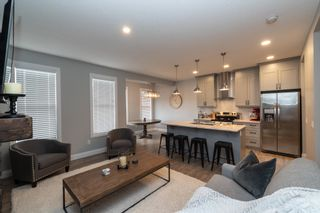 Photo 3: 94 ASTORIA Crescent: Devon House Half Duplex for sale : MLS®# E4265548