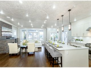 Photo 3: 858 LEE Street: White Rock House for sale (South Surrey White Rock)  : MLS®# F1427891