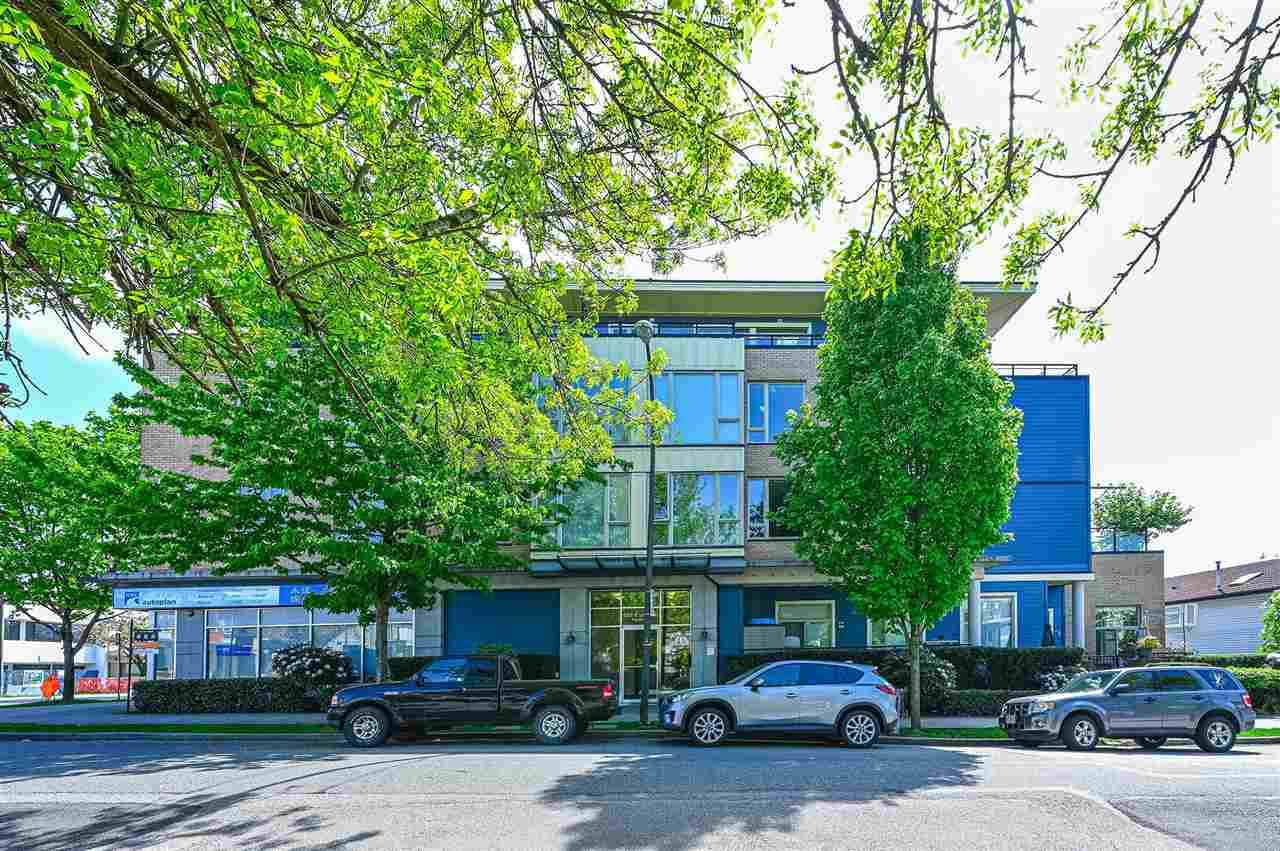 "Main Photo: 209 688 E 17TH Avenue in Vancouver: Fraser VE Condo for sale in ""MONDELLA"" (Vancouver East)  : MLS®# R2575565"