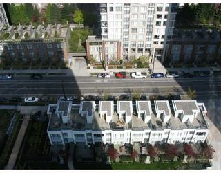 """Photo 7: 2509 939 EXPO Boulevard in Vancouver: Downtown VW Condo for sale in """"MAX 2"""" (Vancouver West)  : MLS®# V700944"""