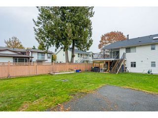 """Photo 34: 6017 189 Street in Surrey: Cloverdale BC House for sale in """"CLOVERHILL"""" (Cloverdale)  : MLS®# R2516494"""