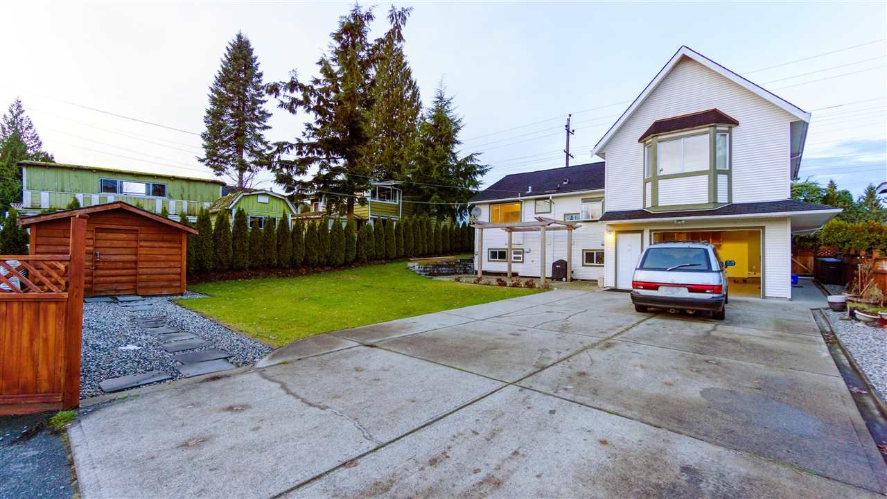 Main Photo: 1530 COMO LAKE Avenue in Coquitlam: Central Coquitlam House for sale : MLS®# R2138414
