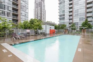Photo 9: 603 2978 GLEN Drive in Coquitlam: North Coquitlam Condo for sale : MLS®# R2535383