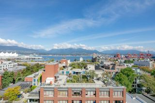 "Photo 15: 709 66 W CORDOVA Street in Vancouver: Downtown VW Condo for sale in ""60 West Cordova"" (Vancouver West)  : MLS®# R2315779"