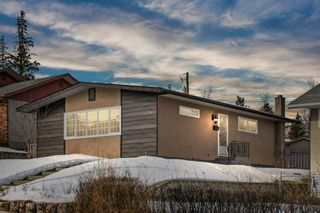 Photo 1: 624 Seattle Drive SW in Calgary: Southwood Detached for sale : MLS®# A1077416