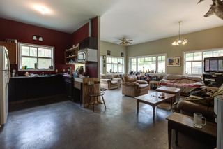 Photo 2: 3001 Fairview Road, in Oliver: House for sale : MLS®# 10238973