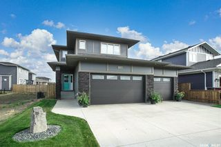 Photo 1: 518 Dagnone Crescent in Saskatoon: Brighton Residential for sale : MLS®# SK867635