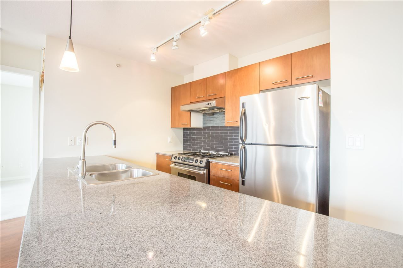 """Photo 6: Photos: 1102 4333 CENTRAL Boulevard in Burnaby: Metrotown Condo for sale in """"PRESEDIA"""" (Burnaby South)  : MLS®# R2388562"""