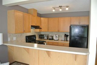 Photo 4: 16325 55A ST NW in Edmonton: Zone 03 House Half Duplex for sale : MLS®# E4068994