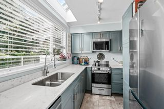 """Photo 11: 401 1525 PENDRELL Street in Vancouver: West End VW Condo for sale in """"Charlotte Gardens"""" (Vancouver West)  : MLS®# R2617074"""