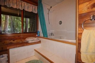 Photo 42: 7353 Kendean Road: Anglemont House for sale (North Shuswap)  : MLS®# 10239184