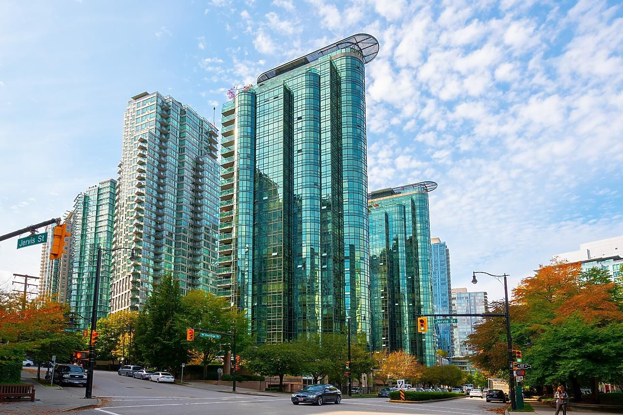 """Main Photo: 208 555 JERVIS Street in Vancouver: Coal Harbour Condo for sale in """"Harbourside Park II"""" (Vancouver West)  : MLS®# R2624956"""