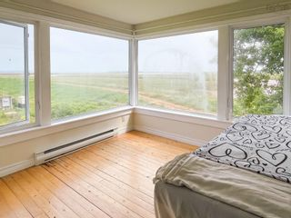 Photo 13: 33 Harbourside Drive in Wolfville: 404-Kings County Residential for sale (Annapolis Valley)  : MLS®# 202120952