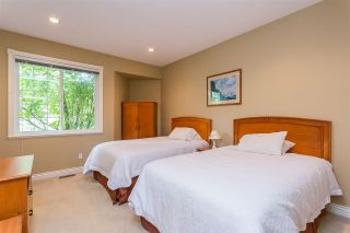 """Photo 9: 20260 28 Avenue in Langley: Brookswood Langley House for sale in """"BROOKSWOOD"""" : MLS®# R2403878"""