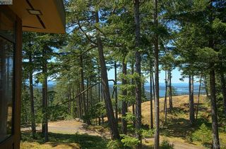 Photo 3: 1850 Impala Rd in VICTORIA: Me Neild House for sale (Metchosin)  : MLS®# 788120