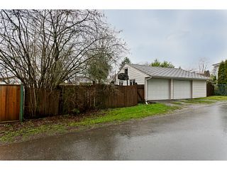 """Photo 9: 375 GUILBY Street in Coquitlam: Coquitlam West House for sale in """"CARIBOO/MAILLARDVILLE"""" : MLS®# V996440"""