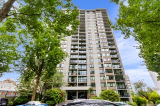 """Photo 22: 1205 1330 HARWOOD Street in Vancouver: West End VW Condo for sale in """"Westsea Towers"""" (Vancouver West)  : MLS®# R2468963"""