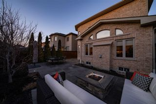 Photo 2: 82 Trammel Dr in Vaughan: Vellore Village Freehold for sale : MLS®# N5161339