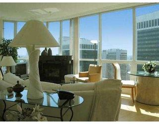 "Photo 2: 3703 1111 W PENDER ST in Vancouver: Coal Harbour Condo for sale in ""VANTAGE"" (Vancouver West)  : MLS®# V549733"