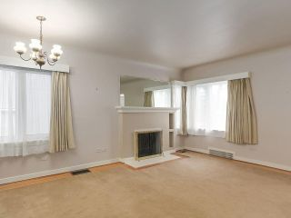 Photo 3: 92 W 20TH Avenue in Vancouver: Cambie House for sale (Vancouver West)  : MLS®# R2246558
