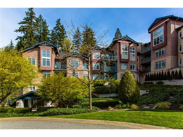 "Main Photo: 106 1140 STRATHAVEN Drive in North Vancouver: Northlands Condo for sale in ""Strathaven"" : MLS®# V1003151"