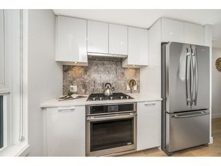 """Photo 3: 908 8538 RIVER DISTRICT Crossing in Vancouver: Champlain Heights Condo for sale in """"ONE TOWN CENTRE"""" (Vancouver East)  : MLS®# R2280873"""