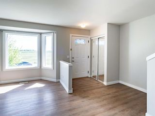 Photo 4: 144 Covington Road NE in Calgary: Coventry Hills Detached for sale : MLS®# A1115677