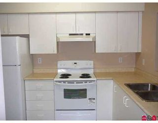 """Photo 8: 202 33165 2ND Avenue in Mission: Mission BC Condo for sale in """"Mission Manor"""" : MLS®# F2721947"""