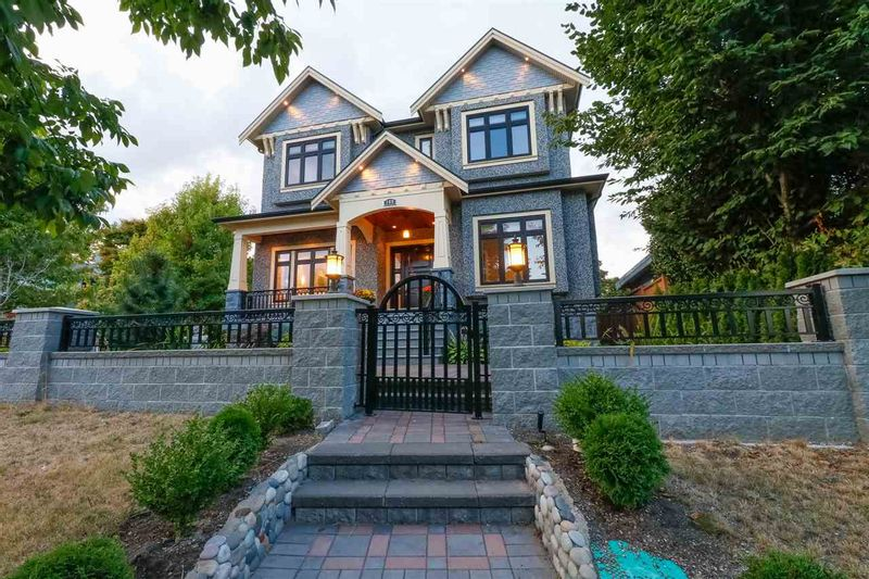 FEATURED LISTING: 189 61ST Avenue West Vancouver