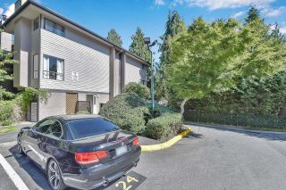 """Photo 19: 10524 HOLLY PARK Lane in Surrey: Guildford Townhouse for sale in """"Holly Park Lane"""" (North Surrey)  : MLS®# R2615553"""