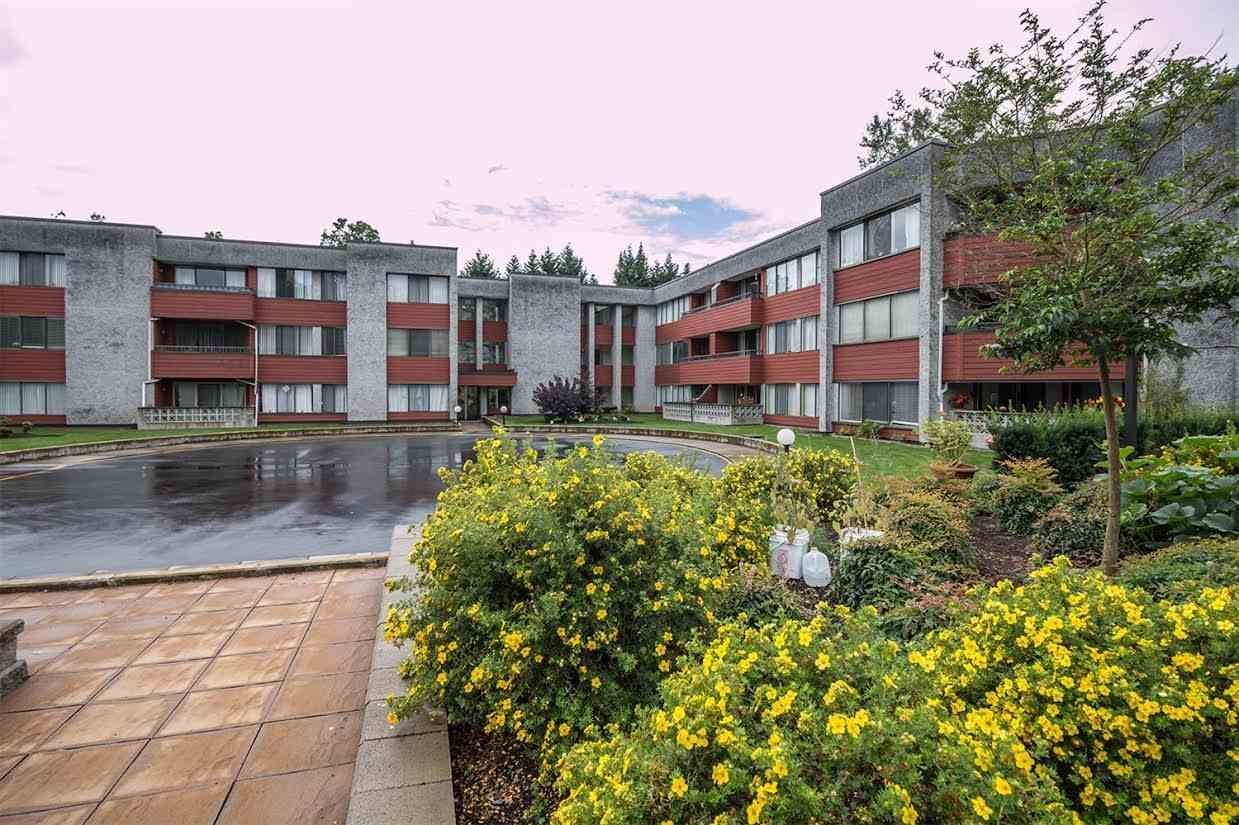 """Main Photo: 305 9270 SALISH Court in Burnaby: Sullivan Heights Condo for sale in """"TIMBERS"""" (Burnaby North)  : MLS®# R2089537"""