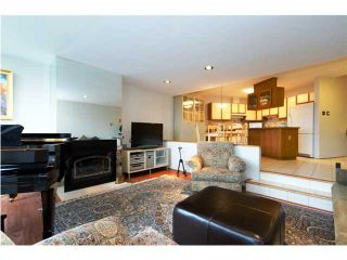 """Photo 2: 9 1201 LAMEY'S MILL Road in Vancouver: False Creek Townhouse for sale in """"ALDER BAY PLACE"""" (Vancouver West)  : MLS®# V888577"""
