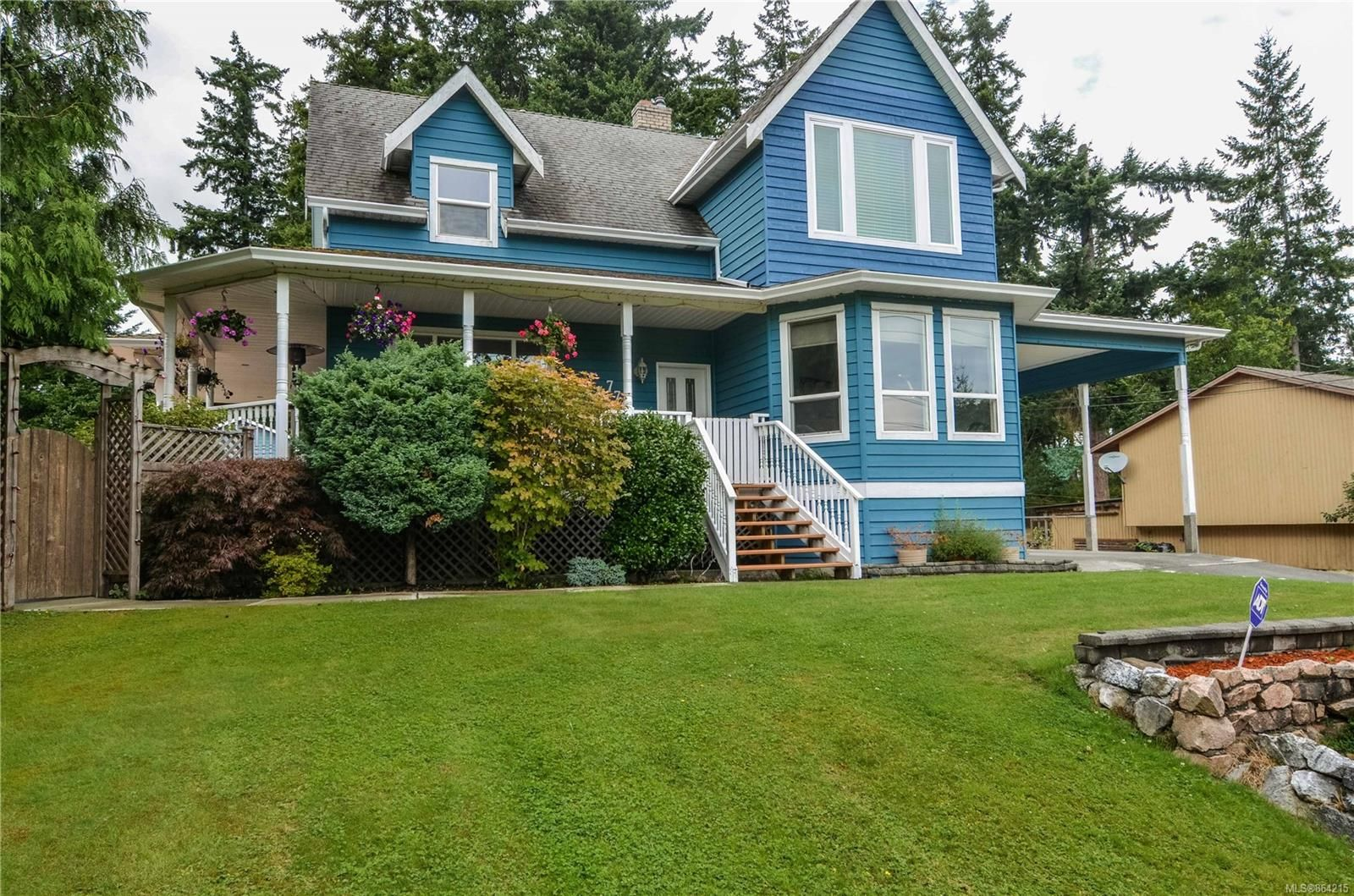 Main Photo: 770 Petersen Rd in : CR Campbell River South House for sale (Campbell River)  : MLS®# 864215