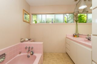 Photo 5: 6242 KITCHENER Street in Burnaby: Parkcrest House for sale (Burnaby North)  : MLS®# R2480870