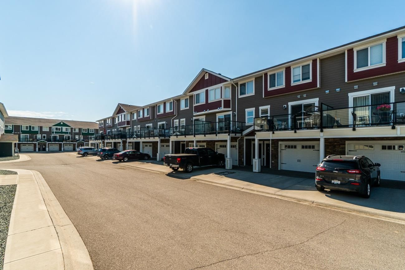 Main Photo: 107 467 TABOR Boulevard in Prince George: Heritage Townhouse for sale (PG City West (Zone 71))  : MLS®# R2602576