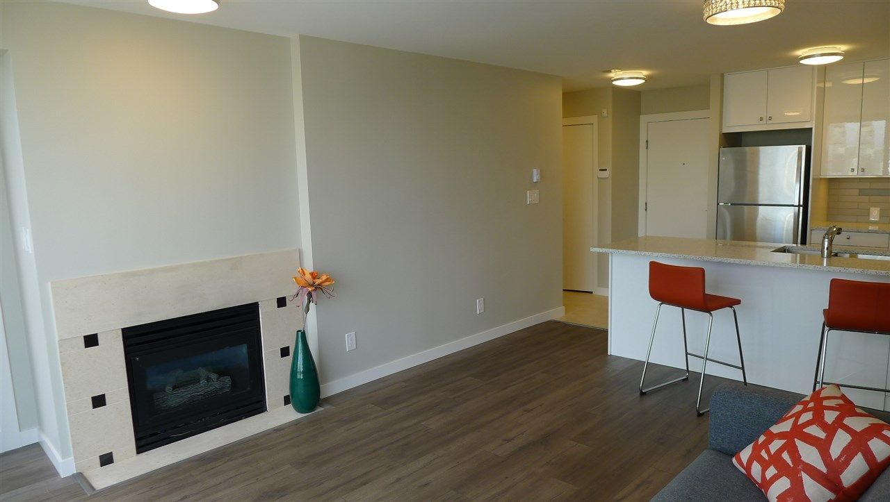 """Photo 6: Photos: 1402 4888 HAZEL Street in Burnaby: Forest Glen BS Condo for sale in """"THE NEWMARK"""" (Burnaby South)  : MLS®# R2273858"""