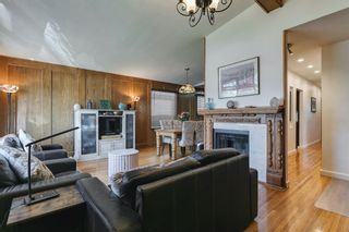 Photo 8: 2304 54 Avenue SW in Calgary: North Glenmore Park Detached for sale : MLS®# A1102878