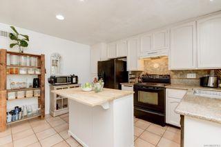 Photo 12: ENCINITAS House for sale : 4 bedrooms : 272 Village Run W