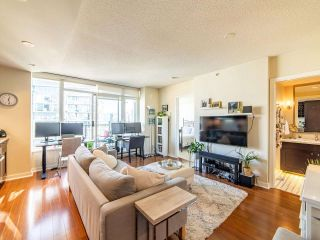 """Photo 4: 2003 821 CAMBIE Street in Vancouver: Downtown VW Condo for sale in """"Raffles on Robson"""" (Vancouver West)  : MLS®# R2512191"""