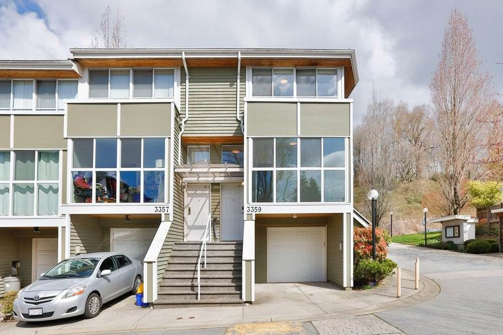 """Main Photo: 3359 FIELDSTONE Avenue in Vancouver: Champlain Heights Townhouse for sale in """"Marine woods"""" (Vancouver East)  : MLS®# R2570281"""