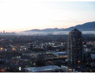 "Photo 10: 3102 2138 MADISON Avenue in Burnaby: Brentwood Park Condo  in """"MOSAIC"" IN THE RENAISSANCE"" (Burnaby North)  : MLS®# V929612"