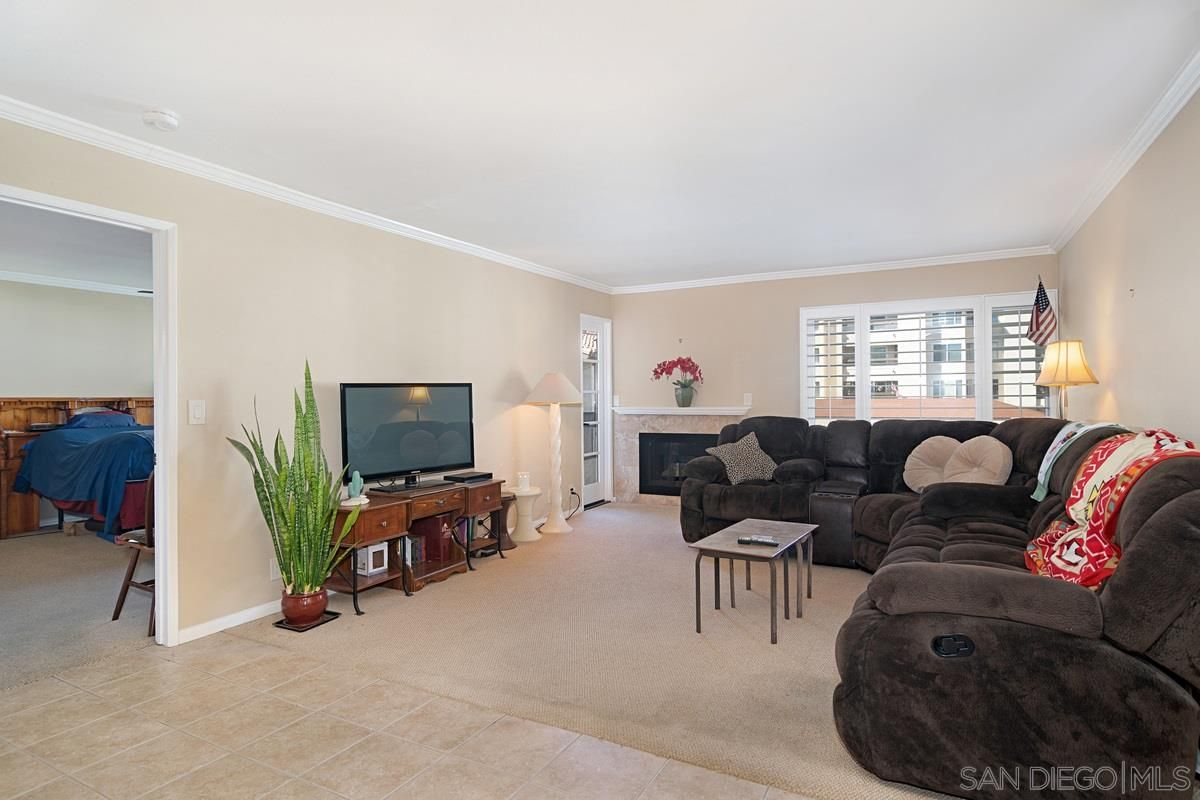 Main Photo: MISSION VALLEY Condo for sale : 1 bedrooms : 6737 Friars Rd. #195 in San Diego