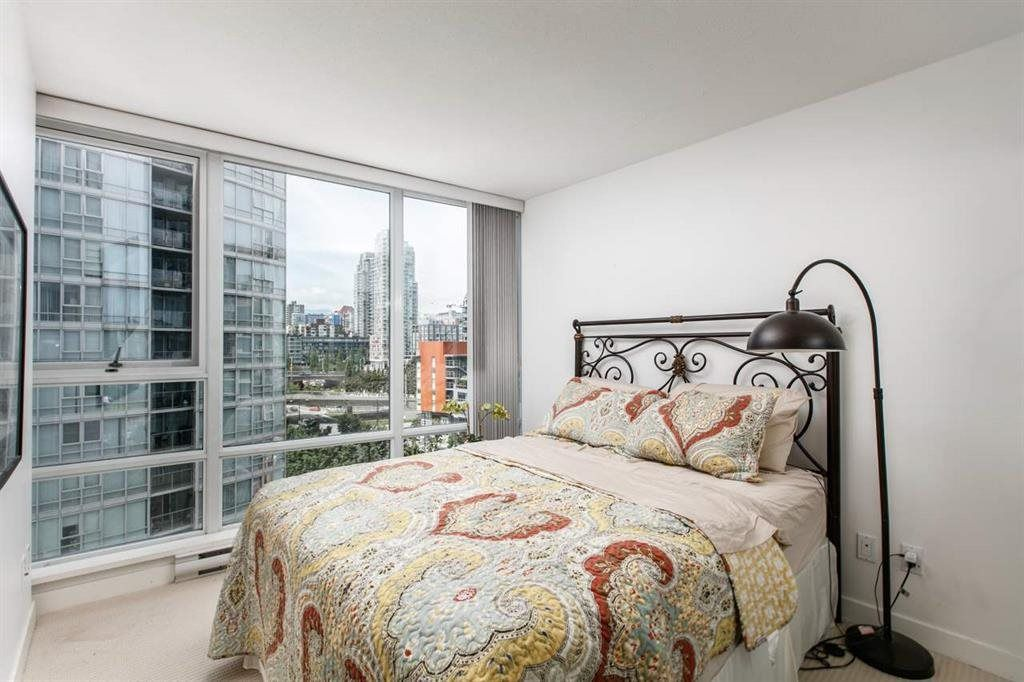 """Photo 9: Photos: 1105 1438 RICHARDS Street in Vancouver: Yaletown Condo for sale in """"AZURA 1"""" (Vancouver West)  : MLS®# R2109141"""