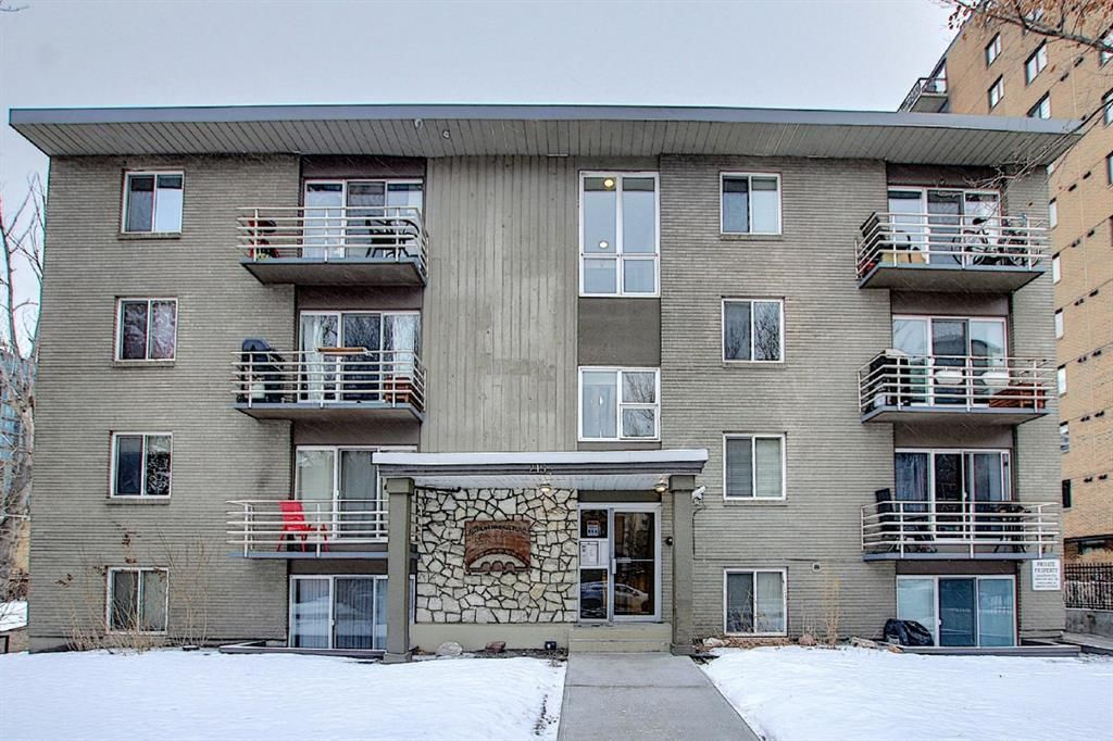 Main Photo: 303 215 25 Avenue SW in Calgary: Mission Apartment for sale : MLS®# A1063932