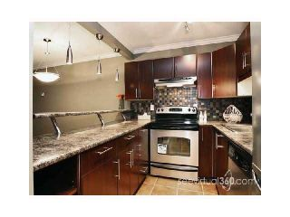"Photo 2: 302 436 7TH Street in New Westminster: Uptown NW Condo for sale in ""REGENCY COURT"" : MLS®# V904070"