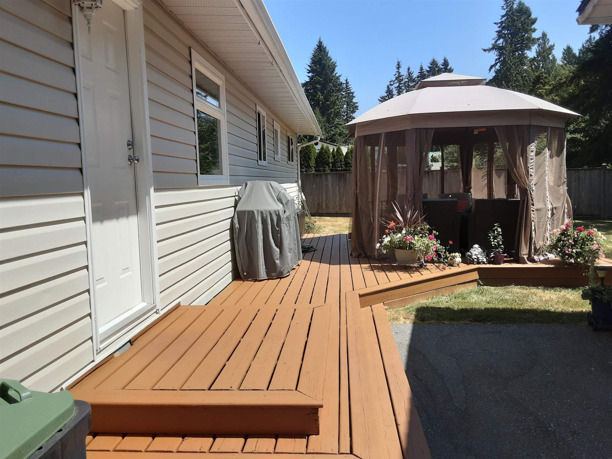 """Photo 17: Photos: 19740 40A Avenue in Langley: Brookswood Langley House for sale in """"BROOKSWOOD"""" : MLS®# R2602130"""